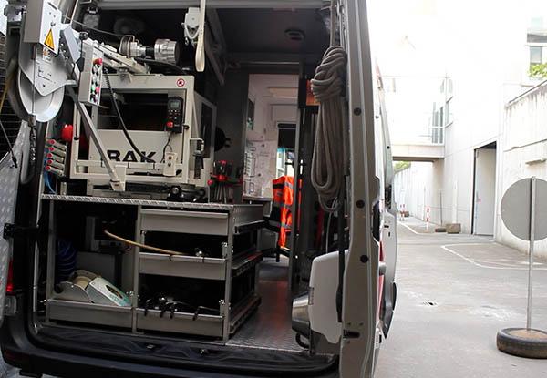 21-10 Fahrzeug.jpg