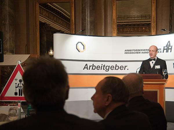 Präsident Honikel.jpg